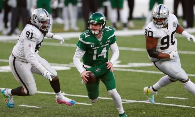 Jets Trade Quarterback Darnold to Panthers